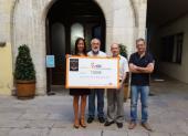 L'ICO Girona rep 7.000 euros de l'Escola de Dansa Studio X Funky