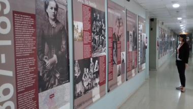 El Campus de Bellvitge acull l'exposició 'Maria Sklodowska-Curie, una polonesa a París'